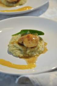 PAN SEARED SCALLOPS WITH POTATO AND CHESTNUT CREAM